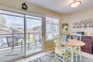"""Photo 9: 2 5201 OAKMOUNT Crescent in Burnaby: Oaklands Townhouse for sale in """"HARLANDS"""" (Burnaby South)  : MLS®# R2161248"""