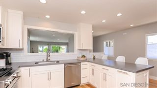 Photo 7: PACIFIC BEACH House for sale : 2 bedrooms : 1018 Beryl St in San Diego
