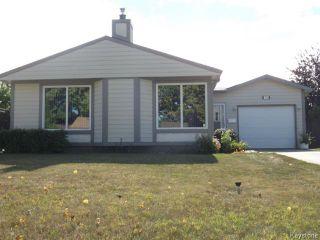 Photo 1: 70 Southwalk Bay in WINNIPEG: St Vital Residential for sale (South East Winnipeg)  : MLS®# 1321142