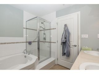 """Photo 15: 502 1551 FOSTER Street: White Rock Condo for sale in """"SUSSEX HOUSE"""" (South Surrey White Rock)  : MLS®# R2248472"""