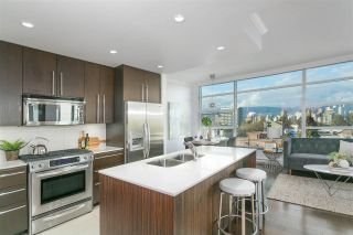"""Photo 3: 703 1088 W 14TH Avenue in Vancouver: Fairview VW Condo for sale in """"COCO"""" (Vancouver West)  : MLS®# R2244610"""