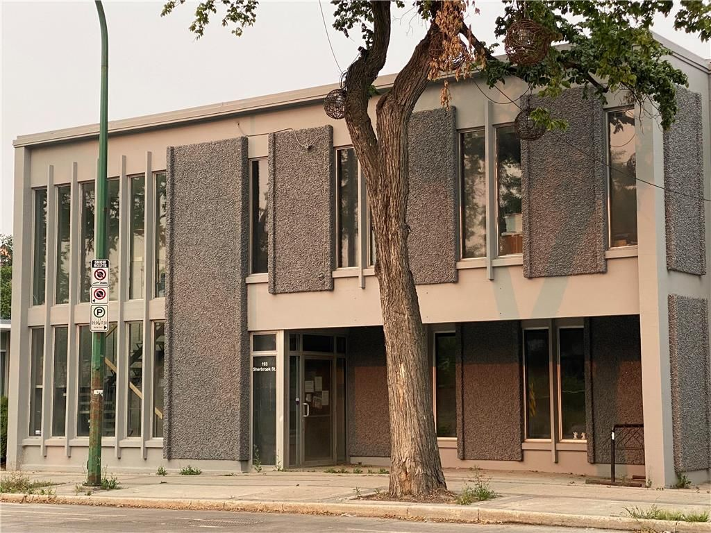 Main Photo: 193 Sherbrook Street in Winnipeg: Industrial / Commercial / Investment for sale (5B)  : MLS®# 202119335