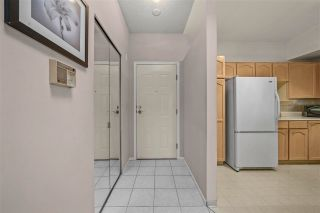 """Photo 5: 410 2800 CHESTERFIELD Avenue in North Vancouver: Upper Lonsdale Condo for sale in """"Somerset Green"""" : MLS®# R2574696"""