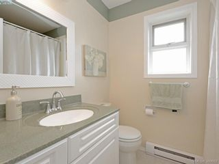 Photo 13: 4071 Santa Anita Ave in VICTORIA: SW Strawberry Vale House for sale (Saanich West)  : MLS®# 783110