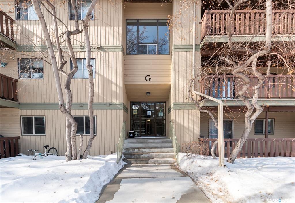 Main Photo: 303G 1121 Mckercher Drive in Saskatoon: Wildwood Residential for sale : MLS®# SK870025