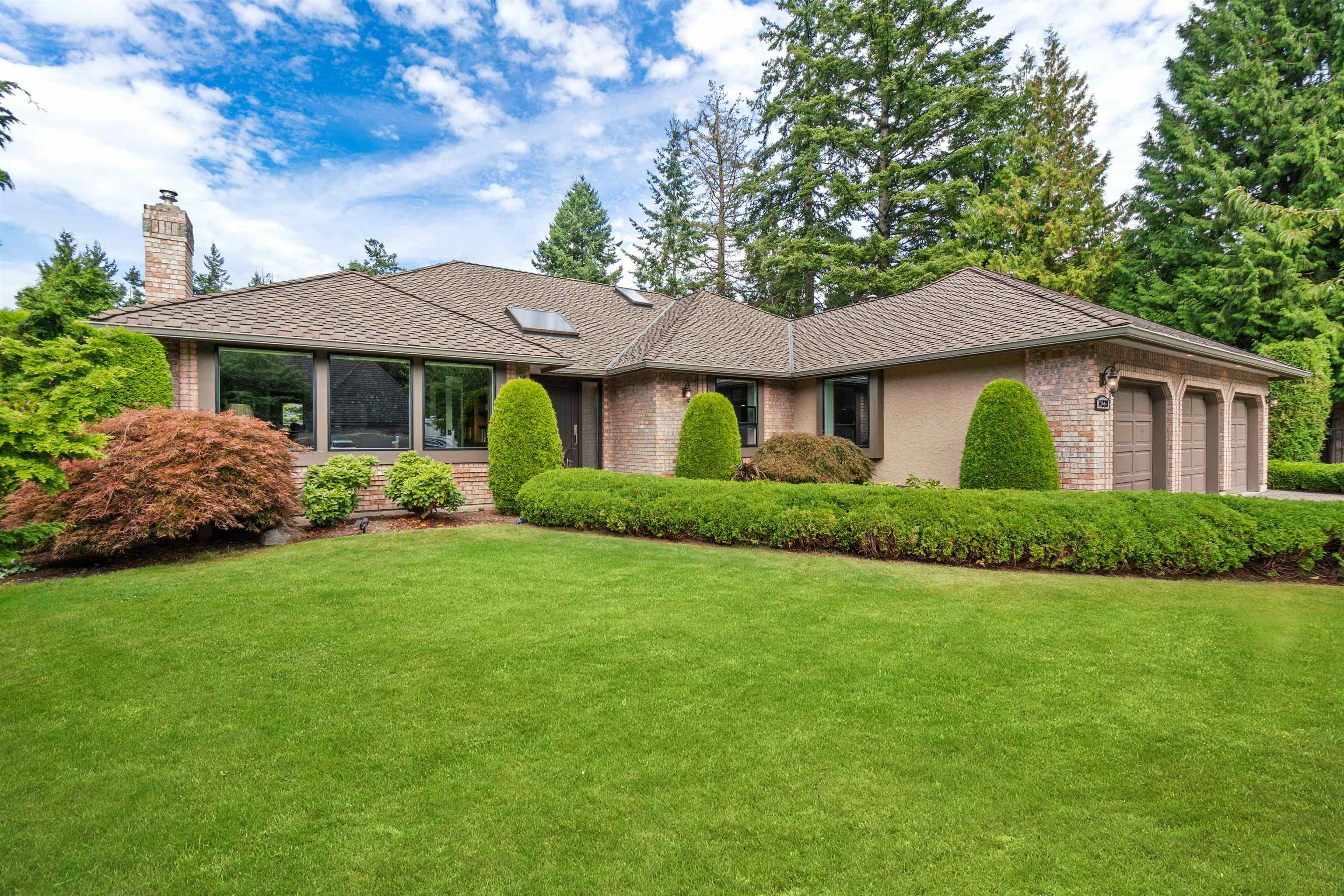 """Main Photo: 14229 31A Avenue in Surrey: Elgin Chantrell House for sale in """"Elgin Park"""" (South Surrey White Rock)  : MLS®# R2614209"""