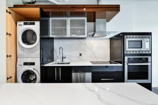 Photo 3: 805 1029 View St in : Vi Downtown Condo for sale (Victoria)  : MLS®# 862447