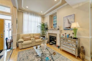 Photo 2: 5 7188 BLUNDELL Road in Richmond: Broadmoor Townhouse for sale : MLS®# R2498201
