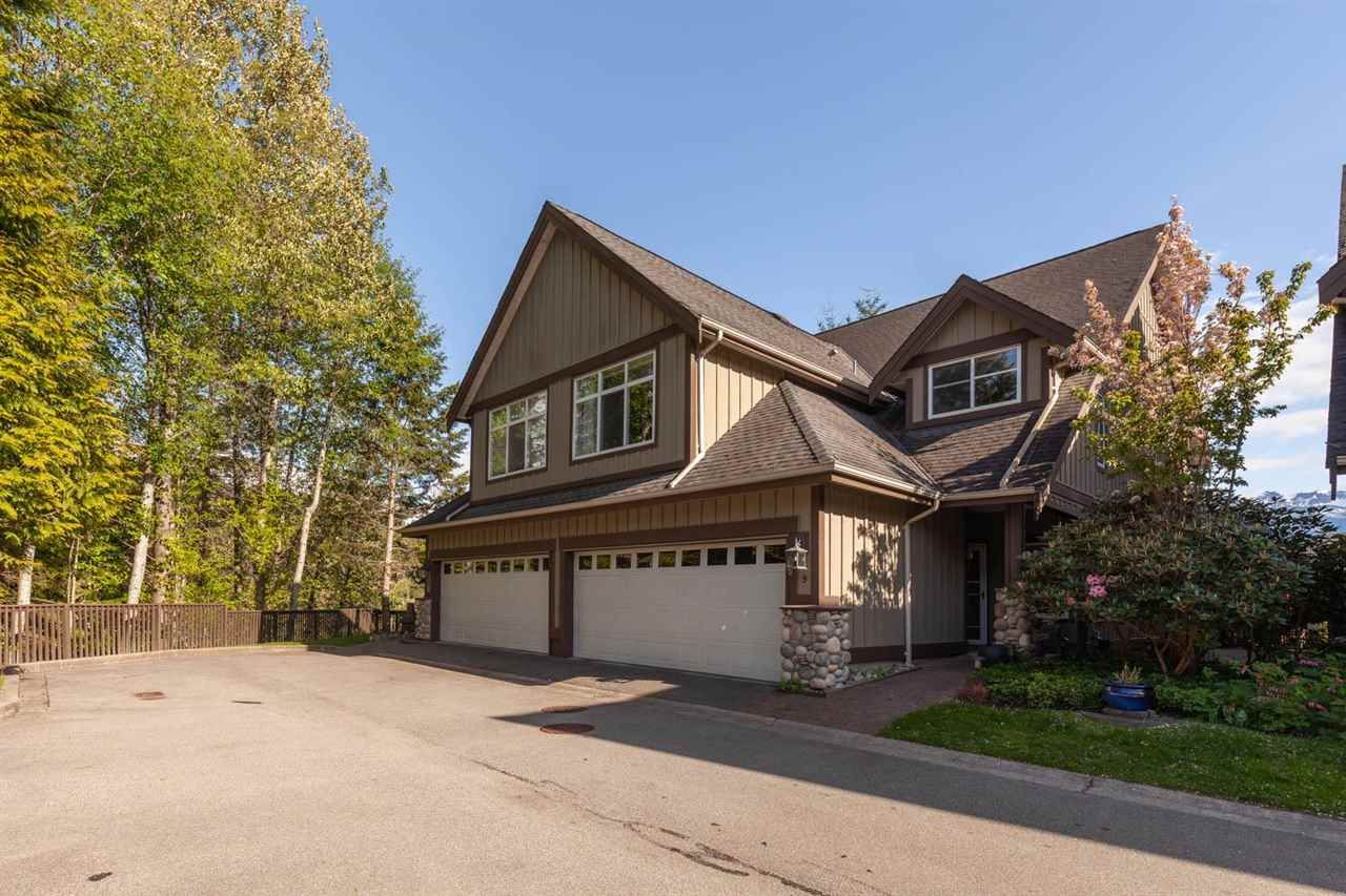 """Main Photo: 9 40750 TANTALUS Road in Squamish: Tantalus Townhouse for sale in """"MEIGHAN CREEK"""" : MLS®# R2576915"""