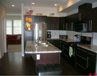 """Photo 3: 24 18199 70TH Avenue in Surrey: Cloverdale BC Townhouse for sale in """"AUGUSTA"""" (Cloverdale)  : MLS®# F2923812"""
