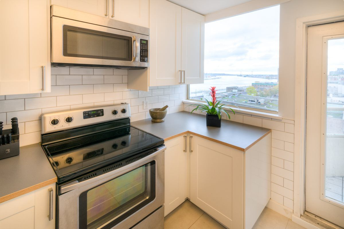 """Photo 13: Photos: 503 328 CLARKSON Street in New Westminster: Downtown NW Condo for sale in """"Highbourne Towers"""" : MLS®# R2012912"""