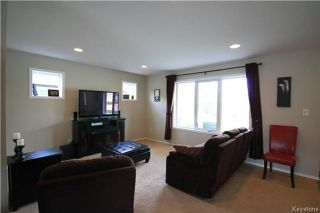 Photo 2: 95 Bellflower Road in Winnipeg: Bridgwater Lakes Residential for sale (1R)  : MLS®# 1717830