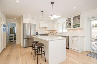 "Photo 5: 2788 GORDON Avenue in Surrey: Crescent Bch Ocean Pk. House for sale in ""CRESCENT BEACH"" (South Surrey White Rock)  : MLS®# R2549454"