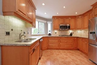 """Photo 7: 21585 86 Court in Langley: Walnut Grove House for sale in """"FOREST HILLS"""" : MLS®# R2028400"""