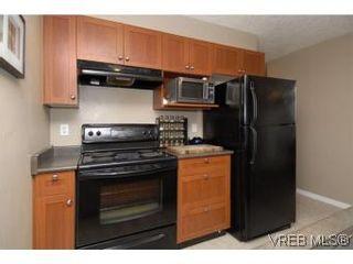 Photo 6: 407 2823 Jacklin Rd in VICTORIA: La Langford Proper Condo for sale (Langford)  : MLS®# 520388