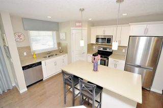 Photo 10: 203 Cranberry Park SE in Calgary: Cranston Row/Townhouse for sale : MLS®# A1111572