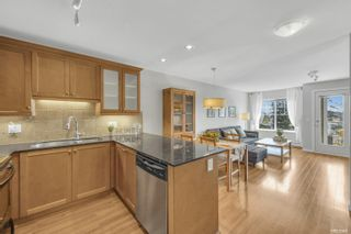 """Photo 2: 412 1969 WESTMINSTER Avenue in Port Coquitlam: Glenwood PQ Condo for sale in """"The Saphire"""" : MLS®# R2616999"""
