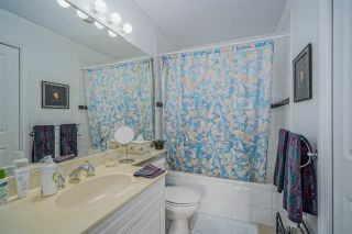 """Photo 17: 406 34101 OLD YALE Road in Abbotsford: Central Abbotsford Condo for sale in """"Yale Terrace"""" : MLS®# R2505072"""