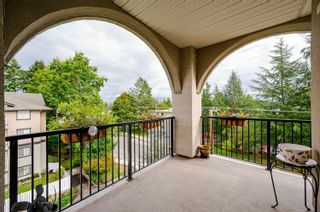 """Photo 21: 411 20281 53A Avenue in Langley: Langley City Condo for sale in """"Gibbons Layne"""" : MLS®# R2621680"""