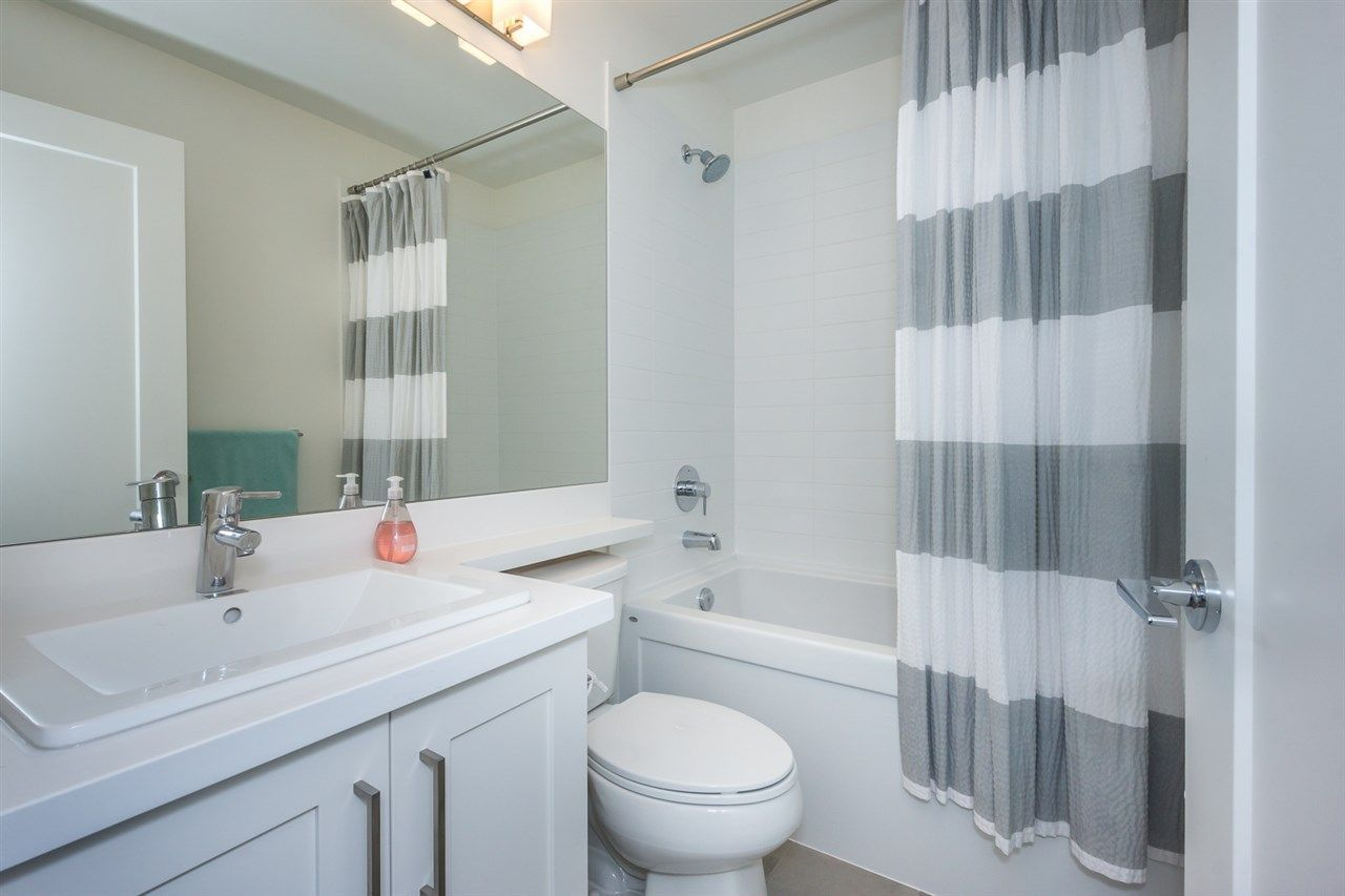 """Photo 13: Photos: 60 8570 204 Street in Langley: Willoughby Heights Townhouse for sale in """"WOODLAND PARK"""" : MLS®# R2225688"""
