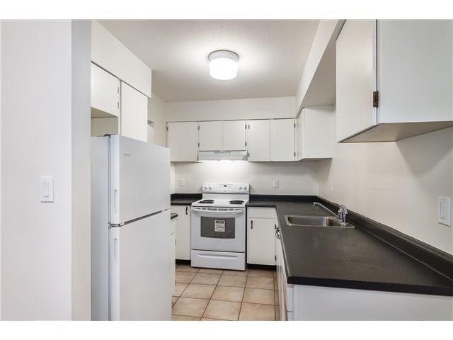 Main Photo: 305 10560 154 Street in Surrey: Guildford Condo for sale (North Surrey)  : MLS®# R2596367