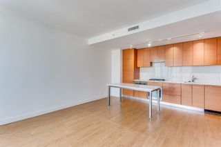 Photo 8: 547 222 Riverfront Avenue SW in Calgary: Chinatown Apartment for sale : MLS®# A1136653