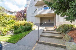 Photo 2: 205 949 Cloverdale Ave in VICTORIA: SE Quadra Condo for sale (Saanich East)  : MLS®# 820581