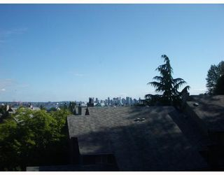 """Photo 8: 29 900 W 17TH Street in North_Vancouver: Hamilton Townhouse for sale in """"FOXWOOD HILLS"""" (North Vancouver)  : MLS®# V690097"""