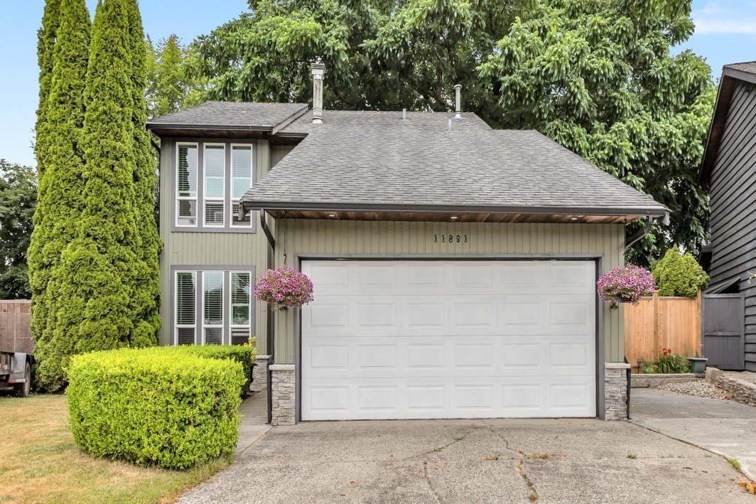 "Photo 1: Photos: 11891 CHERRINGTON Place in Maple Ridge: West Central House for sale in ""WEST MAPLE RIDGE"" : MLS®# R2600511"