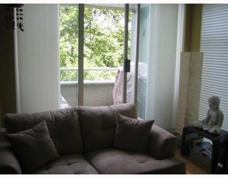 """Photo 6: 401 1220 BARCLAY Street in Vancouver: West End VW Condo for sale in """"KENWOOD COURT"""" (Vancouver West)  : MLS®# V778816"""