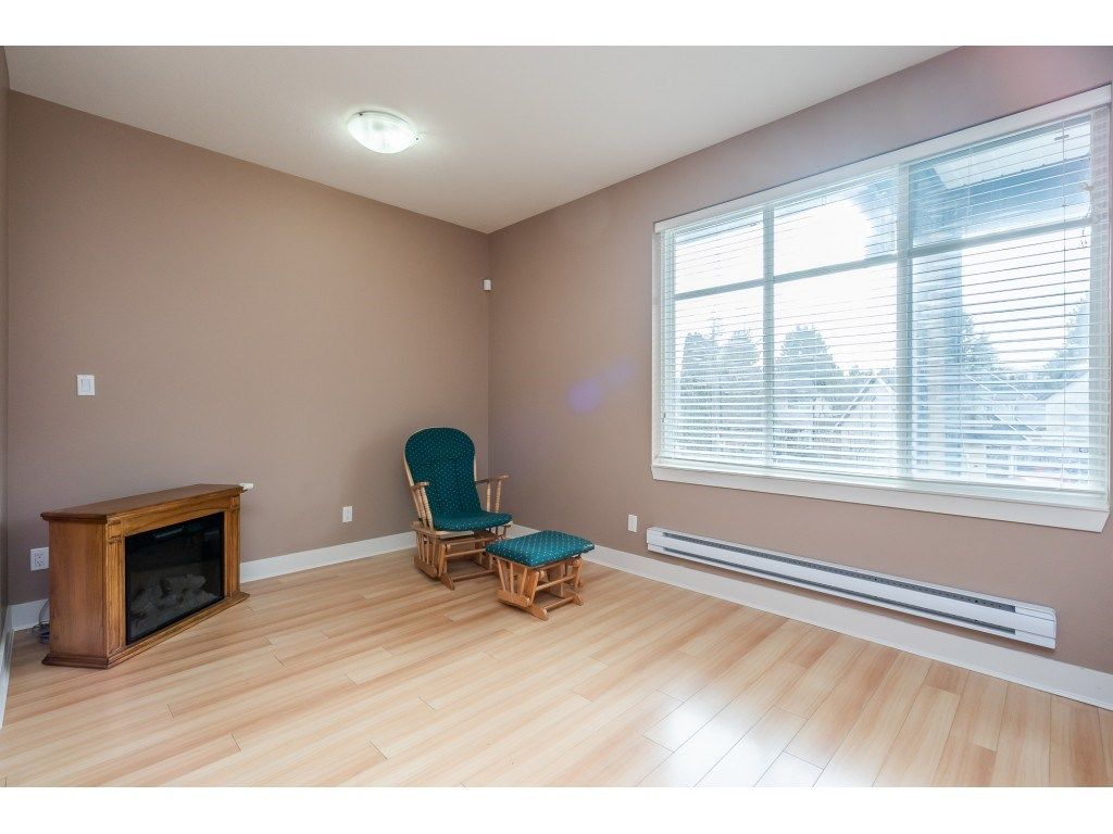 """Photo 14: Photos: 57 13899 LAUREL Drive in Surrey: Whalley Townhouse for sale in """"Emerald Gardens"""" (North Surrey)  : MLS®# R2527402"""