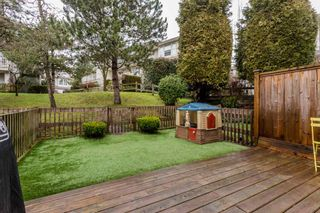 """Photo 27: 33 14952 58 Avenue in Surrey: Sullivan Station Townhouse for sale in """"Highbrae"""" : MLS®# R2232617"""