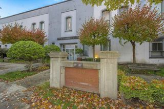 Photo 24: 319 GOVERNORS Court in New Westminster: Fraserview NW Office for sale : MLS®# C8037232
