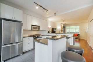 """Photo 9: 81 6878 SOUTHPOINT Drive in Burnaby: South Slope Townhouse for sale in """"CORTINA"""" (Burnaby South)  : MLS®# R2369497"""