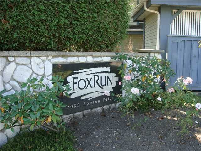 """Main Photo: 108 2998 ROBSON Drive in Coquitlam: Westwood Plateau Townhouse for sale in """"FOX RUN"""" : MLS®# V927478"""