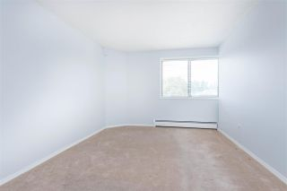 """Photo 16: 318 31955 W OLD YALE Road in Abbotsford: Abbotsford West Condo for sale in """"Evergreen Village"""" : MLS®# R2592648"""