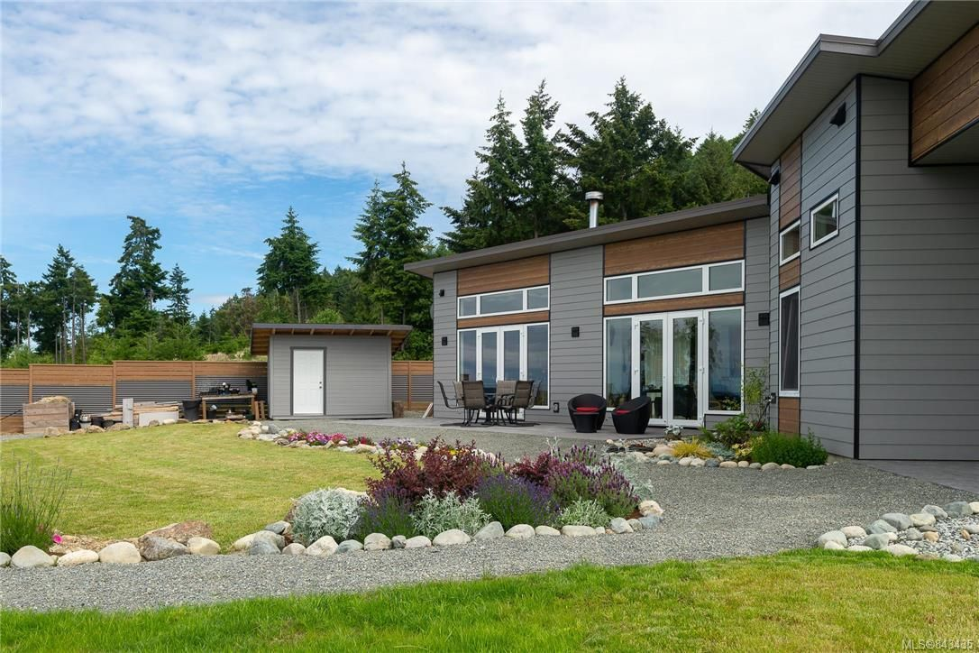 Photo 3: Photos: 133 Southern Way in Salt Spring: GI Salt Spring House for sale (Gulf Islands)  : MLS®# 843435