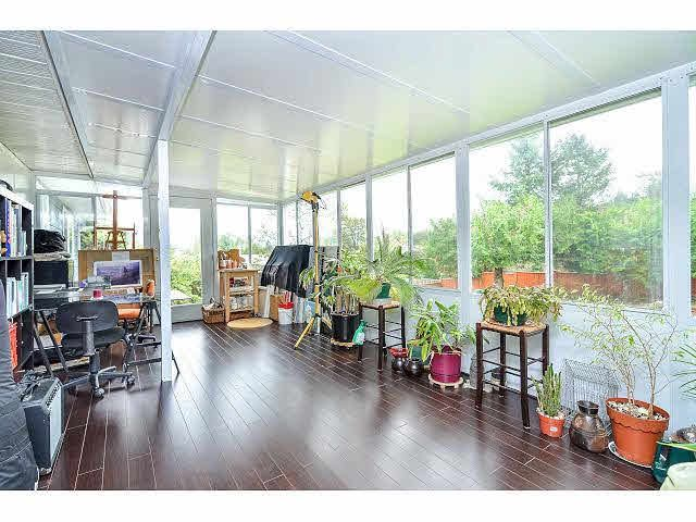 Photo 10: Photos: 8073 Burnfield Crescent in Burnaby: Burnaby Lake House for sale (Burnaby South)  : MLS®# R2105566