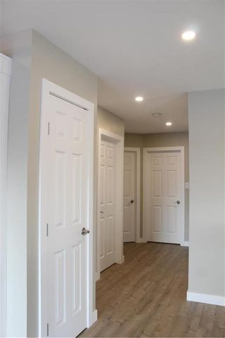 Photo 11: 502 First Avenue North in Landmark: R05 Residential for sale : MLS®# 202104609