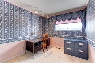 Photo 19: 205 OAKCHURCH Bay SW in Calgary: Oakridge Detached for sale : MLS®# C4225694