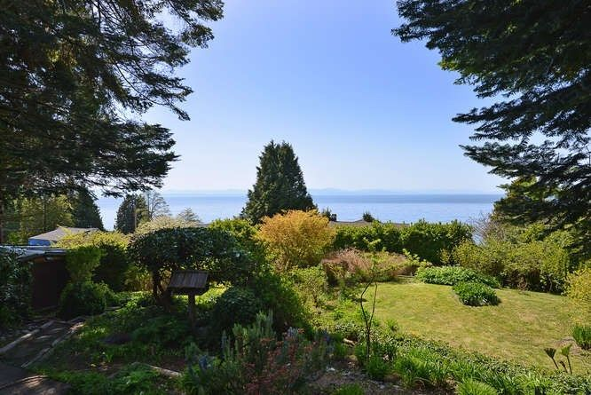 Photo 5: Photos: 221 SECOND Street in Gibsons: Gibsons & Area House for sale (Sunshine Coast)  : MLS®# R2259750