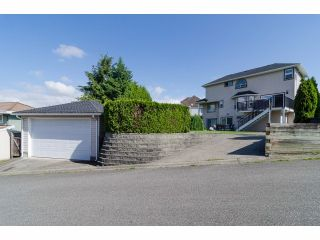 """Photo 20: 18066 64A Avenue in Surrey: Cloverdale BC House for sale in """"Orchard Ridge"""" (Cloverdale)  : MLS®# F1411692"""
