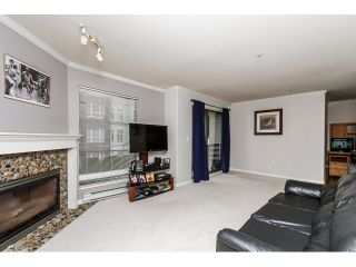 """Photo 5: 212 2357 WHYTE Avenue in Port Coquitlam: Central Pt Coquitlam Condo for sale in """"RIVERSIDE PLACE"""" : MLS®# R2043083"""