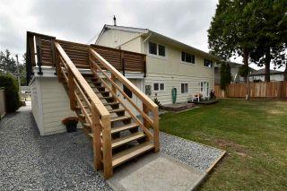 Photo 1: 14545 16 Avenue in Surrey: Sunnyside Park Surrey House for sale (South Surrey White Rock)  : MLS®# R2405150