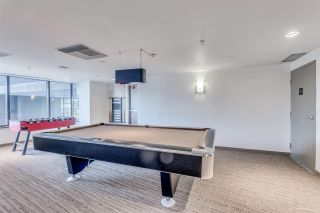 """Photo 16: 1705 33 SMITHE Street in Vancouver: Yaletown Condo for sale in """"COOPERS LOOKOUT"""" (Vancouver West)  : MLS®# R2129827"""