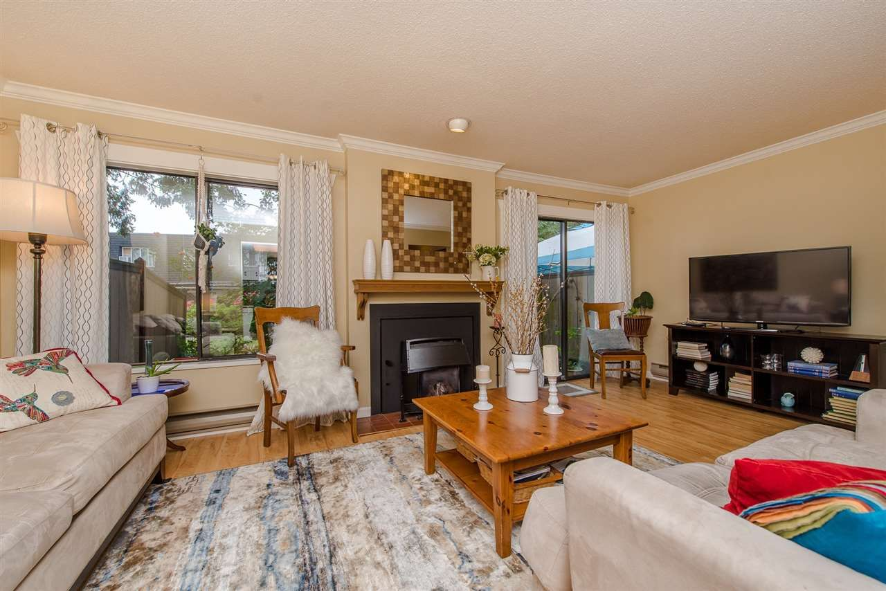"""Photo 9: Photos: 4 3015 TRETHEWEY Street in Abbotsford: Central Abbotsford Townhouse for sale in """"Birch Grove Terrace"""" : MLS®# R2272220"""
