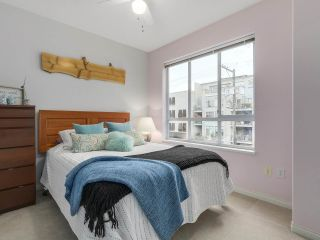 """Photo 12: 301 2755 MAPLE Street in Vancouver: Kitsilano Condo for sale in """"THE DAVENPORT"""" (Vancouver West)  : MLS®# R2122011"""