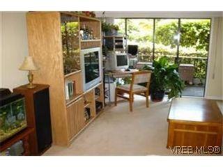 Photo 2:  in VICTORIA: SE Lambrick Park Condo for sale (Saanich East)  : MLS®# 438727