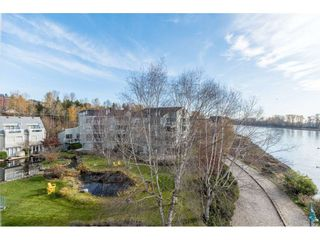 """Photo 1: 411 2020 SE KENT Avenue in Vancouver: South Marine Condo for sale in """"Tugboat Landing"""" (Vancouver East)  : MLS®# R2418347"""