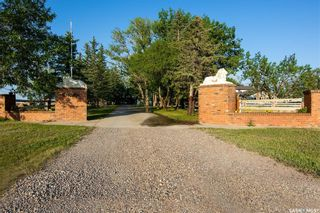 Photo 1: Mueller Acreage in Swift Current: Residential for sale (Swift Current Rm No. 137)  : MLS®# SK822112